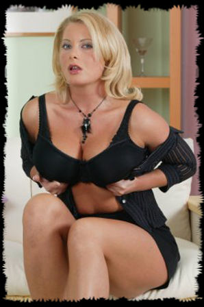 mature housewife shows off big tits